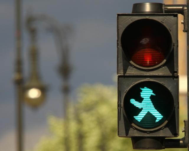 Traffic light by Jean Christophe Prunet
